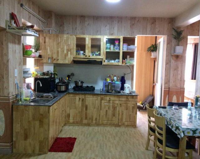 Phòng bếp nhà Yersin Đà Lạt